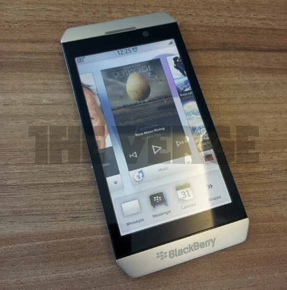 The First Image of BlackBerry London with BBX OS Leaked