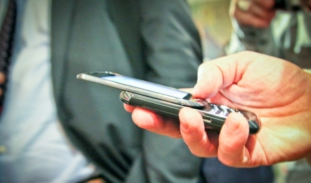 blackberry-torch-hands-on-photo-gallery-4